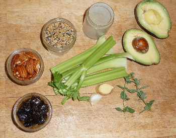 Raw foods blog raw keto pate is a quick and easy recipe to make that will satisfy your hunger pangs it can be eaten off the spoon or spread on raw flax crackers or forumfinder Gallery
